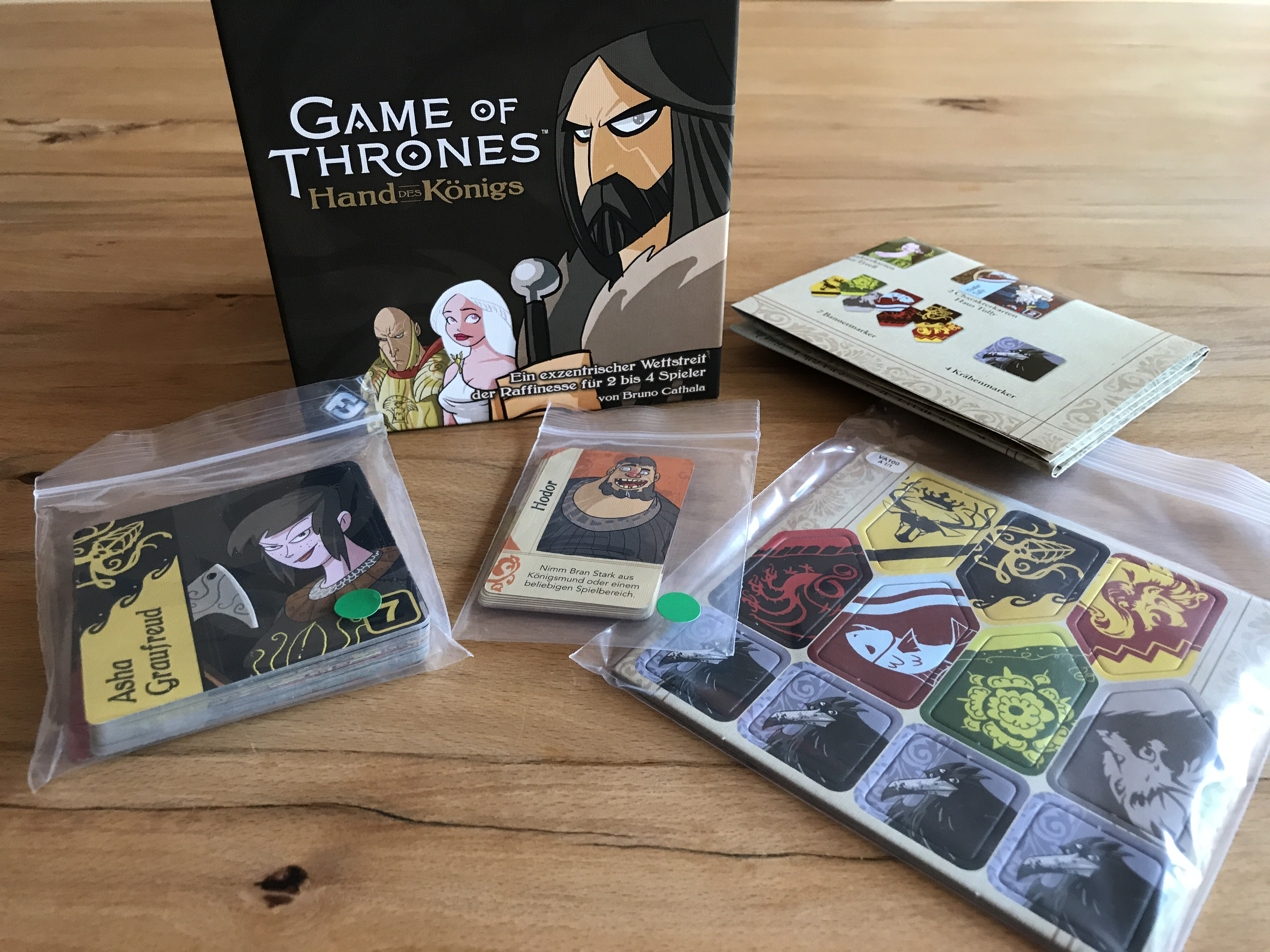 Materialübersicht Game of Thrones - Die Hand des Königs