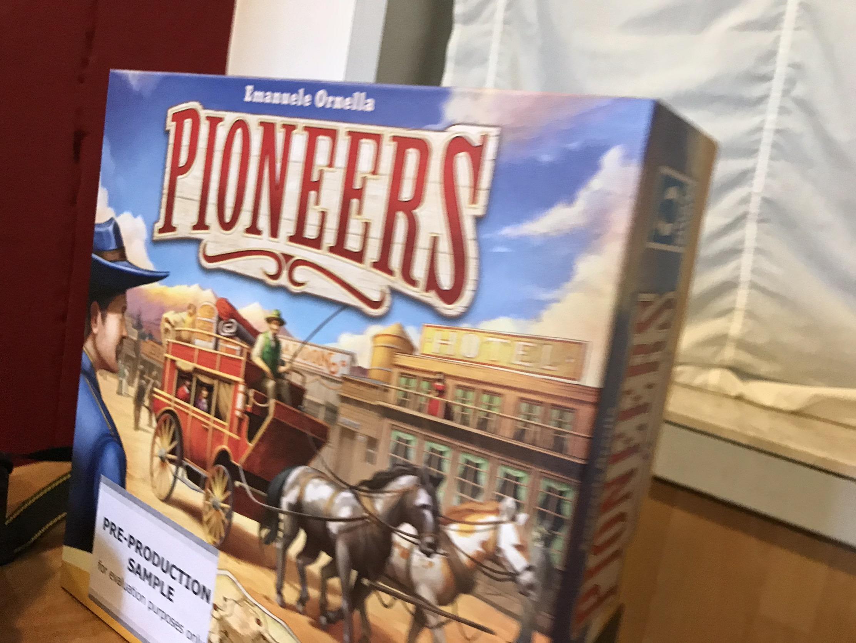 Noch nicht ganz fertig - Pre-Production Copy von Pioneers