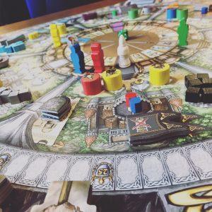 Zentraler Aktionsplan bei Merlin von Queen Games